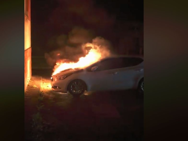 Tak płonął samochód radnego Radosława Drozdowicza