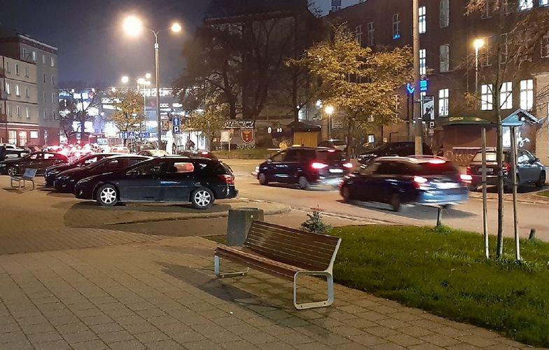 Gdańsk. 85-latek czekał 10 godzin na żonę