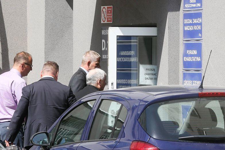 Prezes PiS przyjechał do szpitala na Szaserów 3 maja