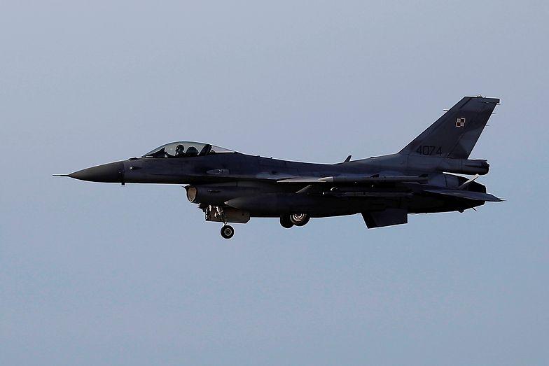 """""""Wojsko nie skasowało żadnego F-16"""". MON dementuje informacje o myśliwcach"""