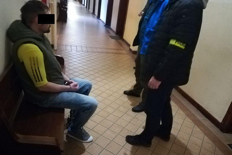 Toruń. Morderstwo sprzed lat wyjaśnione. Sprawca próbował zmienić tożsamość