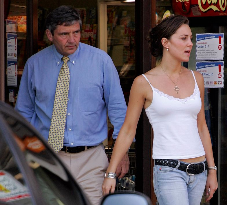 Kate Middleton z ojcem w 2005 r.