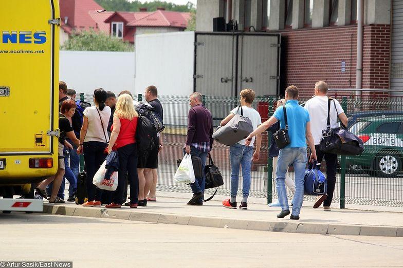 Twardy Brexit. Brak umowy z UE zatrzyma w Polsce do 100 tys. Ukraińców