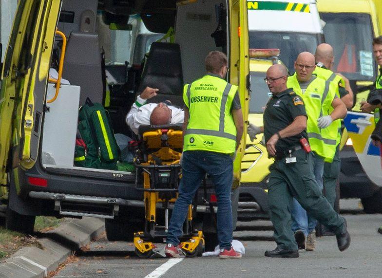 Polskie nazwisko na broni zamachowca z Nowej Zelandii. Zastrzelił 49 osób