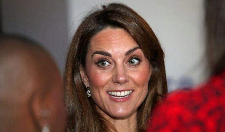 Księżna Kate w tajemnicy pracowała w szpitalu na oddziale położniczym. Przez dwa dni...