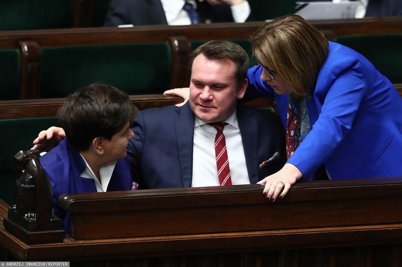 Dominik Tarczyński i jego mandat europosła może mieć olbrzymie znaczenie w kontekście tworzenia nowego rządu.
