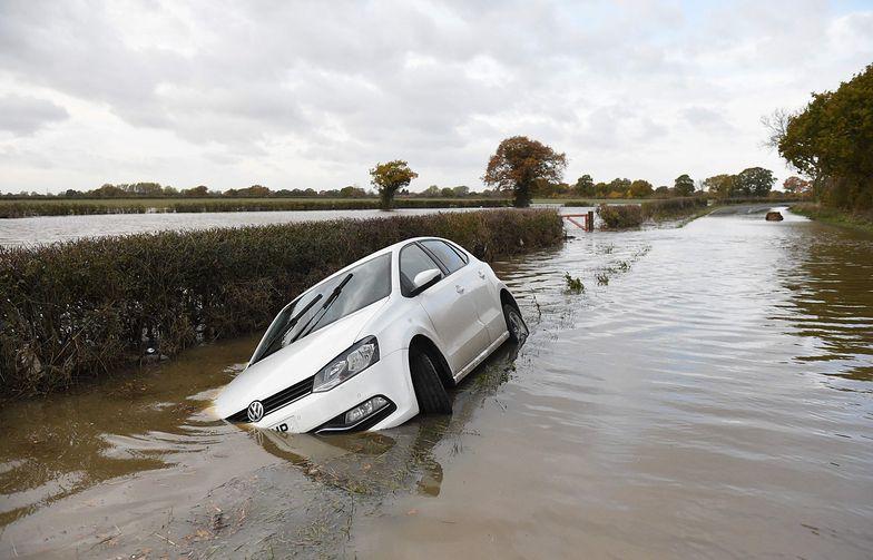 Anglia pod wodą. Najgorsze ma dopiero nadejść