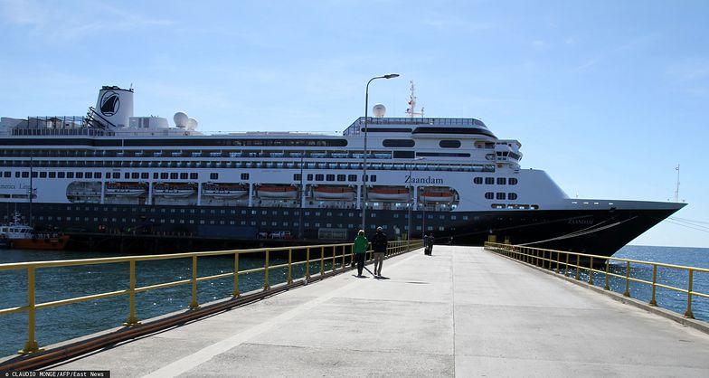 Na pokładzie wycieczkowca MS Zaandam jest ponad 1800 osób