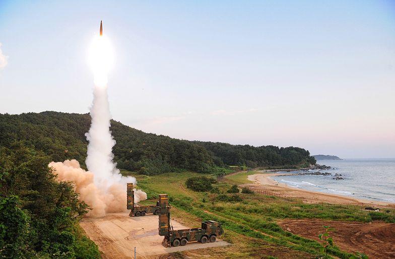 Kim Dzong Un odpalił bombę wodorową. Seul odpowiedział rakietami