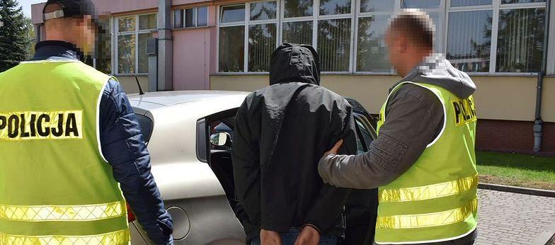 Lubartów: zwłoki leżały w rowie. 26-latek zatrzymany