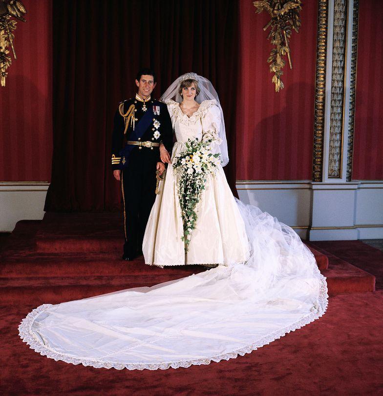 Nieznana tajemnica ślubnego stroju Diany