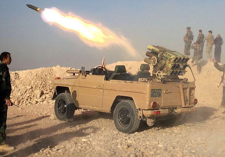Zaatakowano bazę USA w Iraku. Spadło na nią 10 rakiet. Ranny Polak