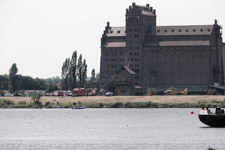 Za wypadkiem w Płocku prawdopodobnie stoi błąd pilota