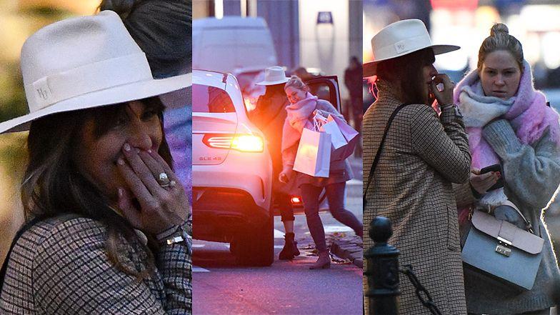 Anna Lewandowska i Zosia Ślotała robią luksusowe zakupy i wsiadają do zaparkowanego na środku ulicy samochodu