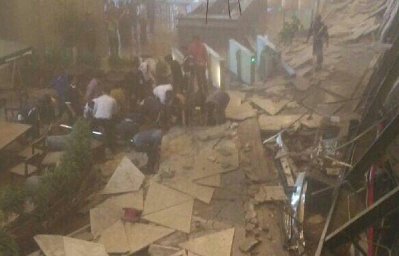 Katastrofa na giełdzie w Dżakarcie. Zawaliło się całe piętro