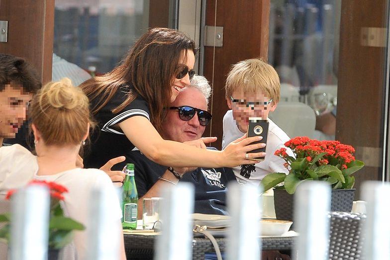 Beata Tadla i Jarek Kret na rodzinnym obiedzie