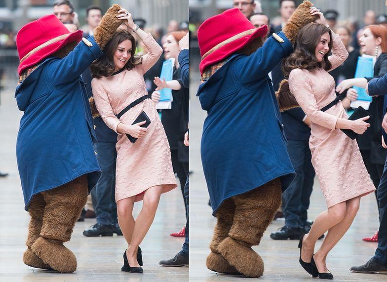 Księżna Kate tańczy z misiem Paddingtonem