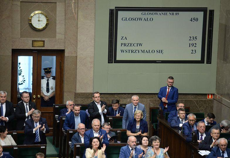 O godzinie 15:00 Sejm przegłosował ustawę