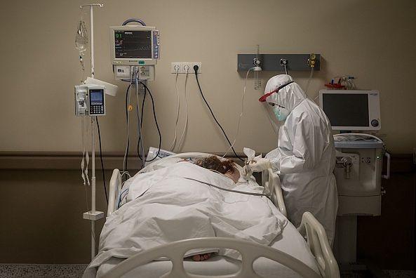 Nowe objawy COVID-19. 5-letnie dziecko zmarło z powodu rzadkich powikłań