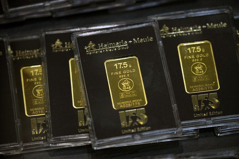 Polacy inwestują w złoto. Kruszec coraz droższy