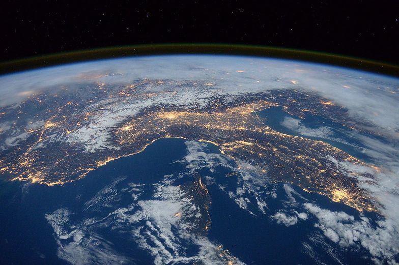 Słabnie pole magnetyczne naszej planety. Możliwy początek przebiegunowania