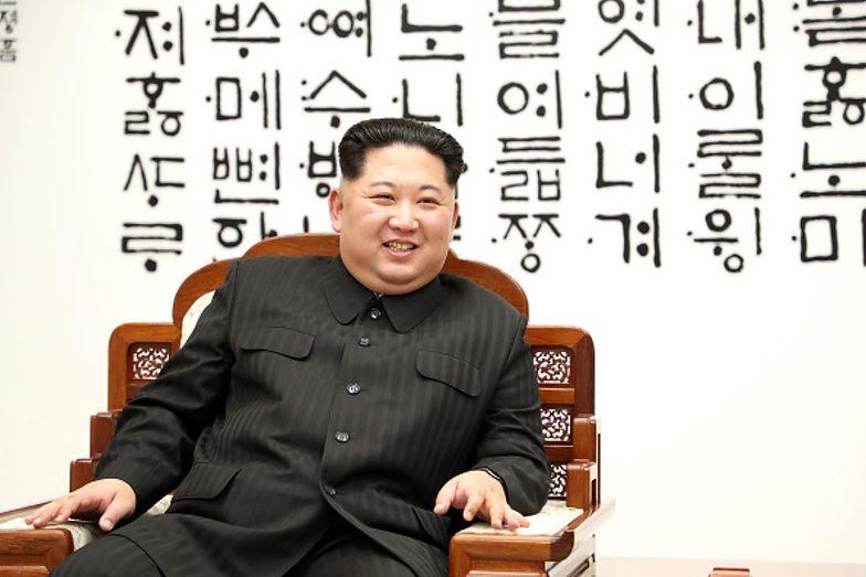 Kim Dzong Un obdarował starszą kobietę z okazji jej setnych urodzin