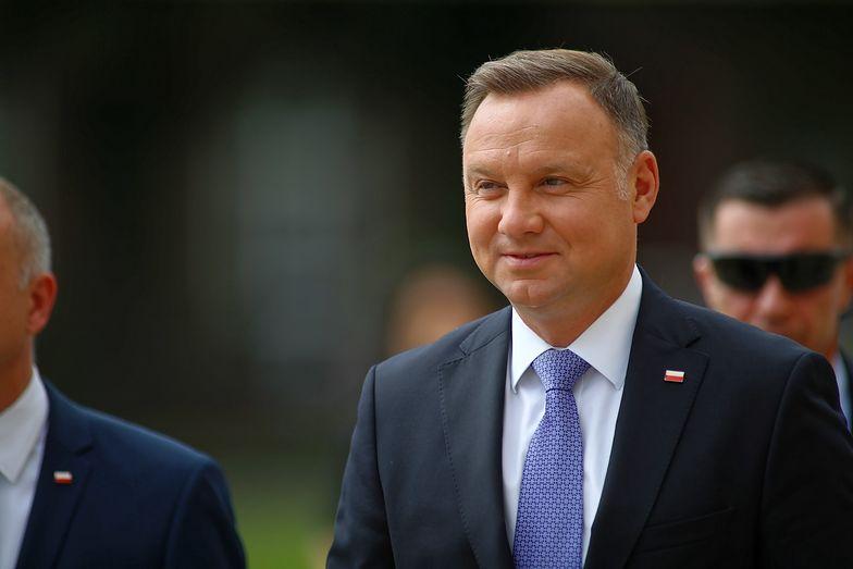 Andrzej Duda na pokładzie samolotu. Kapitan nie miał wszystkich uprawnień