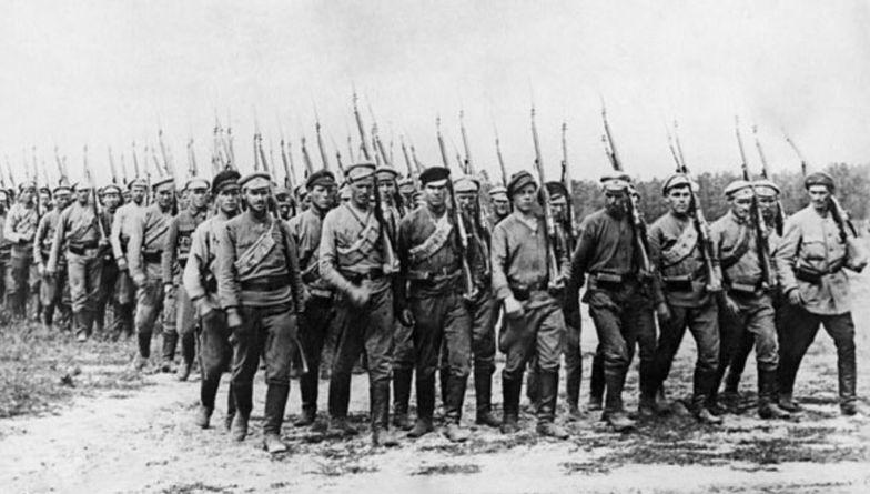 """Pamiętne lato 1920 roku. Co się działo w Warszawie w przededniu """"cudu nad Wisłą""""?"""