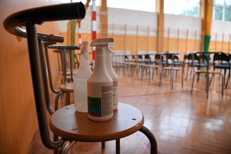 Powrót do szkoły. Koronawirus w Skierniewicach. Cała klasa na kwarantannie