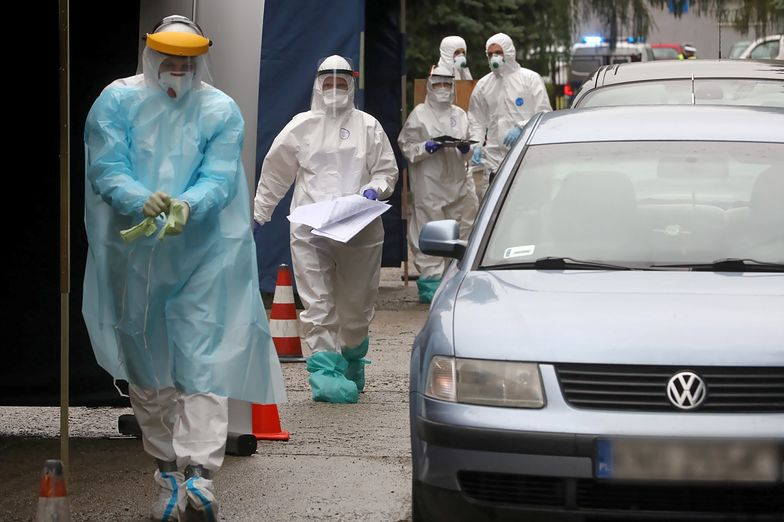 """Koronawirus w Polsce. Ekspert apeluje. Jeżeli tego nie zrobimy, """"będzie tragedia"""""""