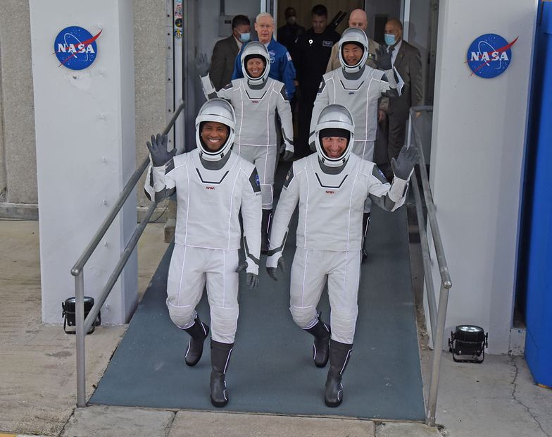 Sukces NASA i SpaceX. Załoga Dragon 2 dotarła na ISS