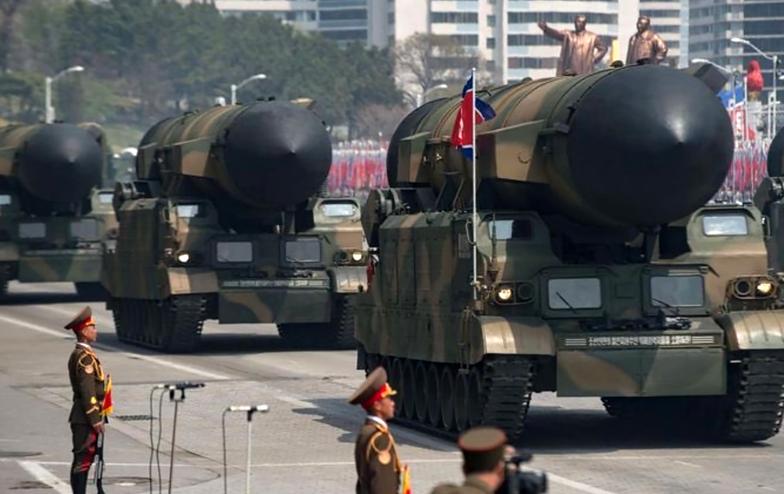 Korea Północna się zbroi. Trwa budowa okrętów podwodnych