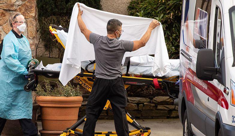 Rekordowa liczba zakażonych koronawirusem w USA. Dramatyczne doniesienia