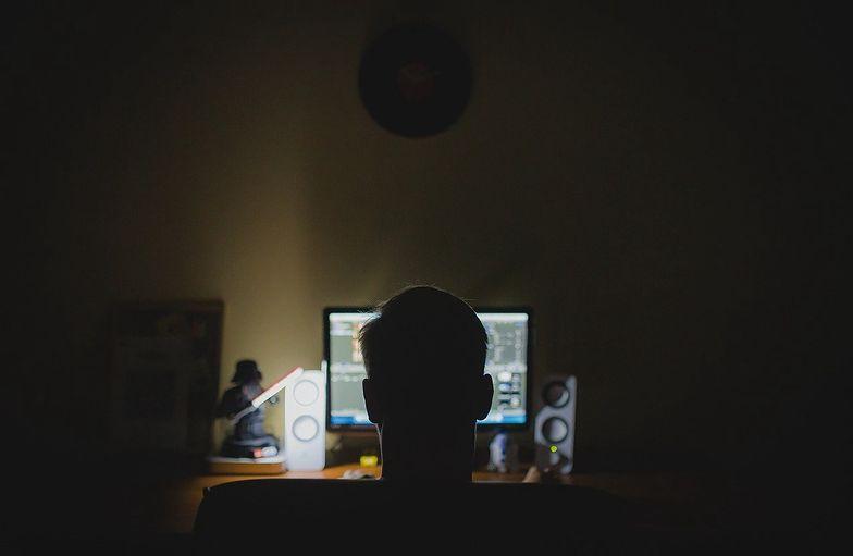 Koronawirus. Kilkukrotny wzrost aktywności pedofilów w sieci