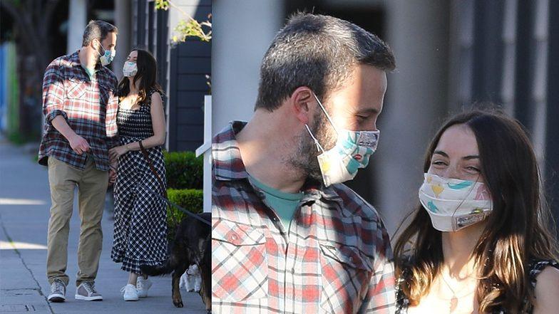 Zakochani Ben Affleck i Ana de Armas tulą się na KOLEJNYM spacerze. Tym razem w maseczkach ochronnych (ZDJĘCIA)