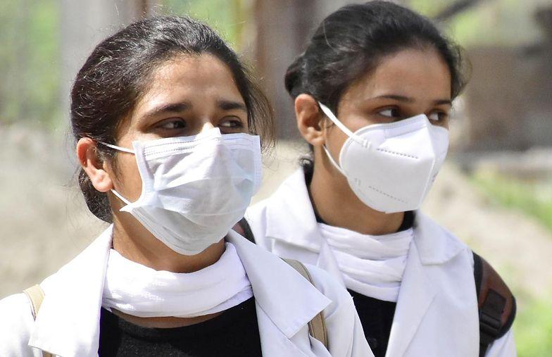 Liczba zakażonych w Indiach wciąż rośnie. Rekordowy wzrost