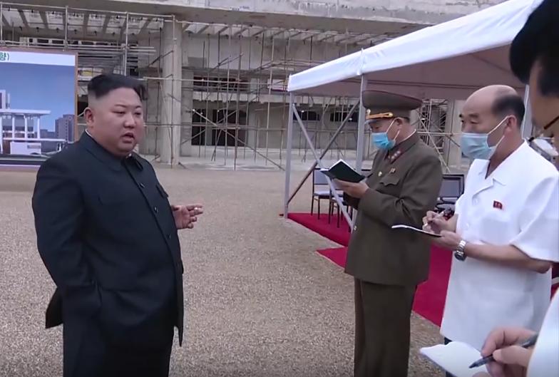 """""""W każdy poniedziałek paliliśmy zwłoki"""". Horror w Korei Północnej"""