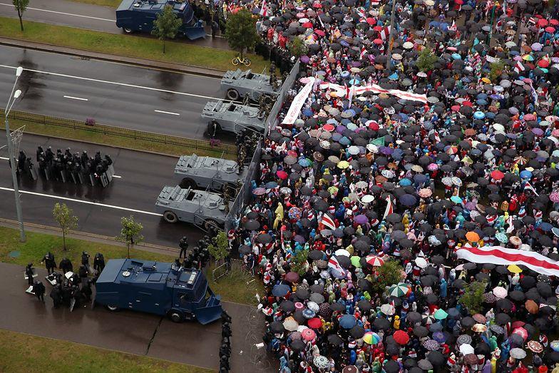 Białoruś. Wielki marsz w Mińsku. Zatrzymano 633 osoby