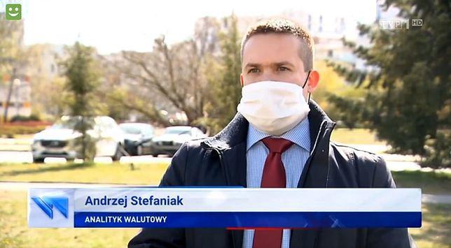 W sieci zrobiła się afera o maseczkę eksperta Andrzeja Stefaniaka