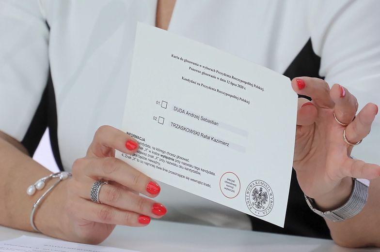 Wybory 2020. Przekupstwo w Sochaczewie. 10 zł i butelka alkoholu za oddanie głosu