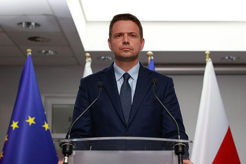 Burze w Polsce. Kampania wyborcza Rafała Trzaskowskiego zawieszona