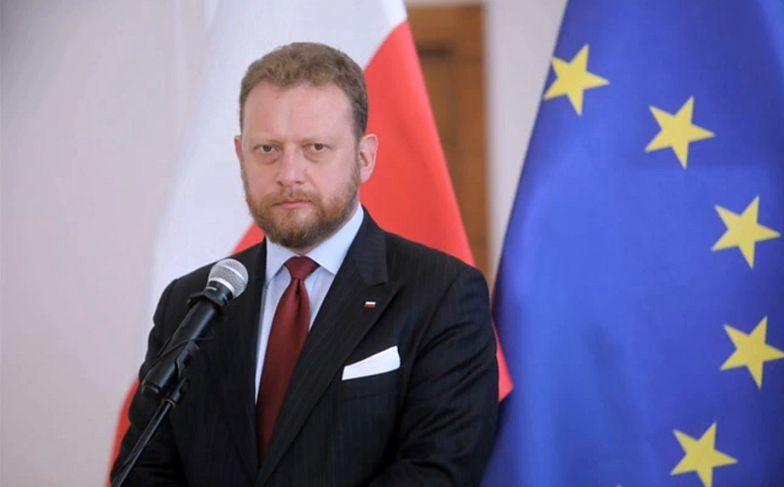 """Łukasz Szumowski powiedział kilka dni temu, że """"nie ma medycznych podstaw do nienoszenia maseczek"""""""