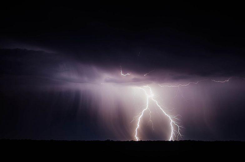 Pogoda. Gdzie jest burza? IMGW ostrzega. W niedzielę znów zagrzmi