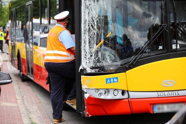 Wypadek autobusu w Warszawie. Nowe informacje o narkotykach u kierowcy