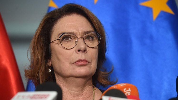 """Małgorzata Kidawa-Błońska oburzona pytaniem o adopcję przez małżeństwa jednopłciowe: """"Facet z facetem NIE MOŻE MIEĆ DZIECKA"""""""