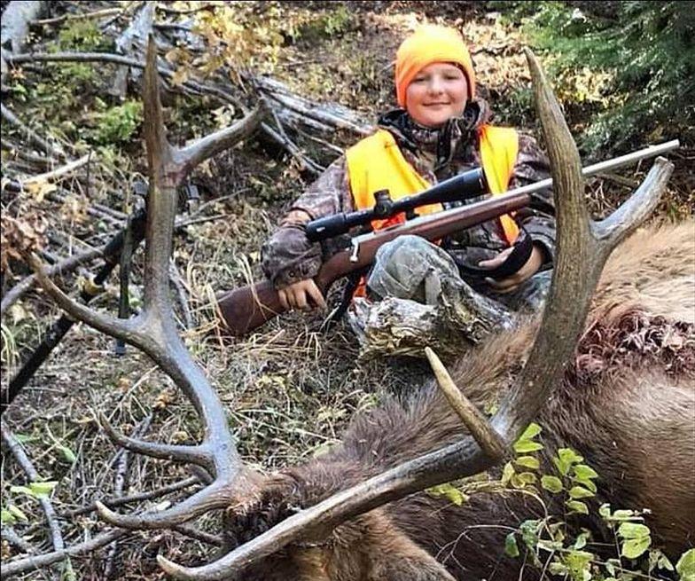 """""""Umarł, robiąc to, co kochał"""". Makabryczna śmierć 13-latka na polowaniu"""