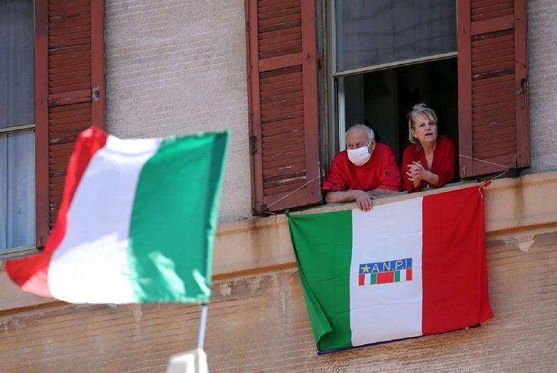 We Włoszech odnotowano najniższą liczbę zgonów od połowy marca.