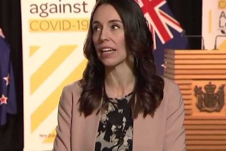 Jacinda Ardern, premier Nowej Zelandii, przeprowadziła wywiad w trakcie trzęsienia ziemi.