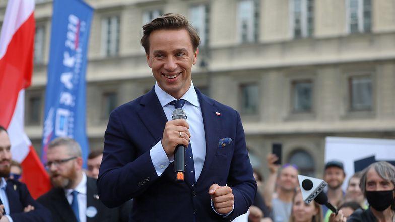 Krzysztof Bosak z zadowoleniem przyjął wyniki wyborów prezydenckich.