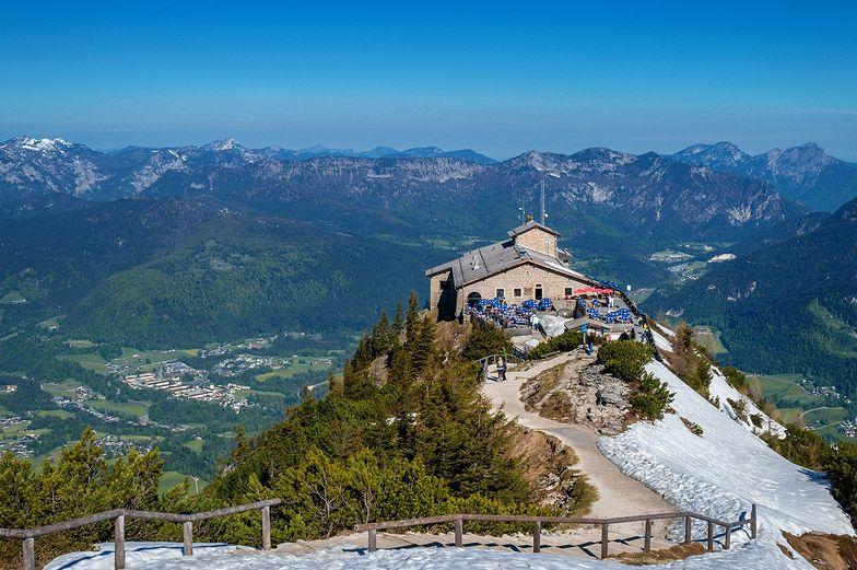 Alpy. Turysta przeżył upadek ze 100 metrów